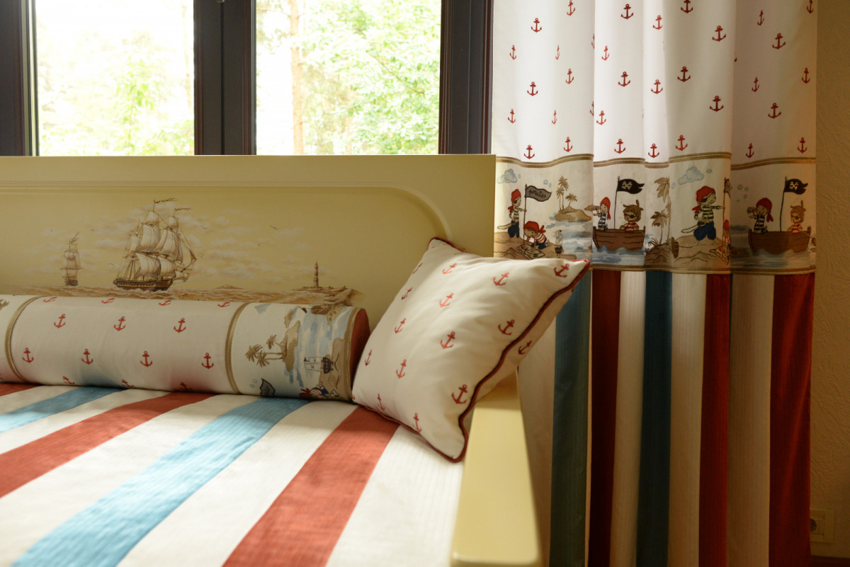 «Профессионал умеет работать в любом стиле!»: в гостях у Roomble дизайнер по текстилю Оксана Николаева